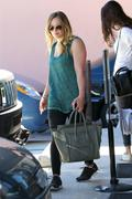 http://img222.imagevenue.com/loc1060/th_175240954_Hilary_Duff_Leaving_Pilates_Class14_122_1060lo.jpeg