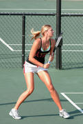 http://img222.imagevenue.com/loc1076/th_441306291_Sharapova_training_2006_08_122_1076lo.jpg
