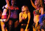 Carmen Electra Strip Show Foto 936 ( Фото 936)