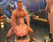 Pictures kinky milf douche