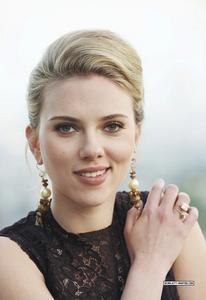 Scarlett Johansson - NY Times Photoshoot Th_82750_tduid1721_Forum.anhmjn.com_20101130090152009_122_713lo