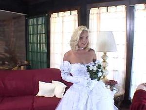 Here cum the brides 3