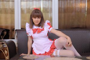 http://img222.imagevenue.com/loc878/th_104832782_tduid300163_Silver_Sandrinya_maid_1_004_122_878lo.JPG